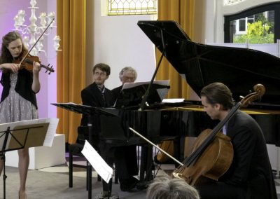 25 Dream with Me - Music on Chairs 26 mei 2019 - Henriette Feith en Artonis Pianotrio - foto Lianne ter Maat